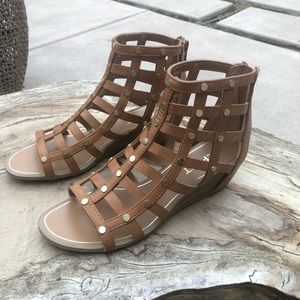 🔴 Report caged wedge sandal